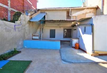 Casa adossada a Alguazas