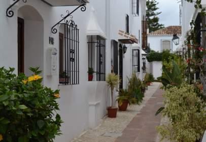 Casa adosada en Pueblo López