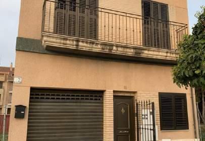 Chalet en calle Rincón de Ademuz
