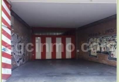 Garatge a Universidad