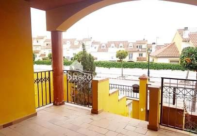 Chalet in calle Olivo, near Calle Naranjo