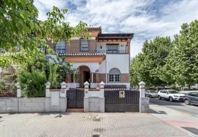 Casa en calle de María Guerrero, 13