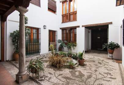 Flat in San Ildefonso (Hospital Real)