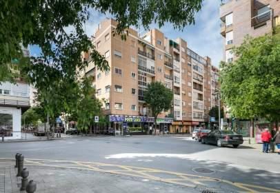 Piso en calle Martínez de la Rosa, 27