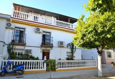 House in calle de Rosalía de Castro