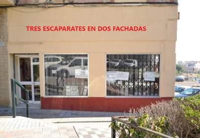 Local comercial en calle de Julio César, nº 2