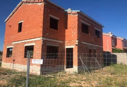 Casa adosada en La Pobla de Vallbona