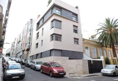 Piso en calle Duggi, cerca de Calle Álvarez de Lugo