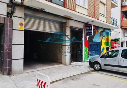 Local comercial en calle de Santos Mártires