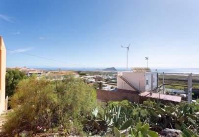 Land in calle La Ortiga