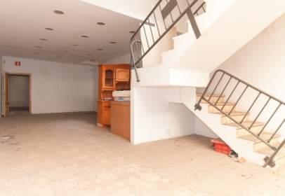Commercial space in Carrer de Santa Eulàlia, nº 48