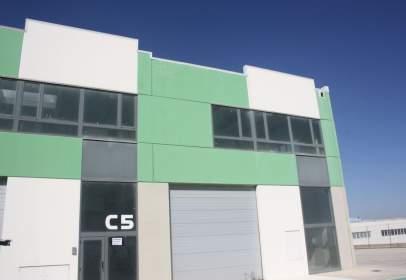 Nau industrial a Torrero-La Paz-Parque Venecia