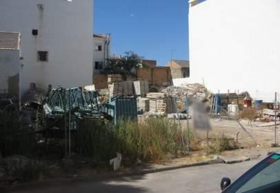 Terreno en calle San Cayetano