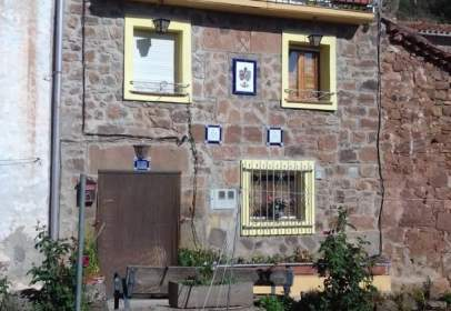 Casa en calle Iglesia  en  Pinilla Moros, nº 12