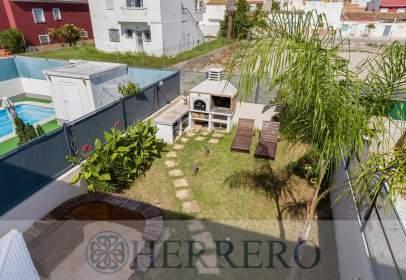 Casa adossada a Carrer Marjals, nº 6