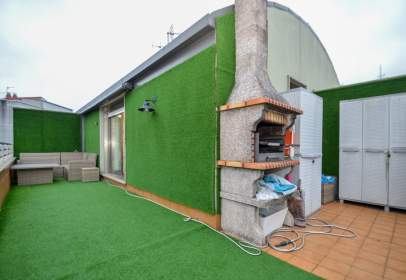 Duplex in calle Escultor Jose M Acuña