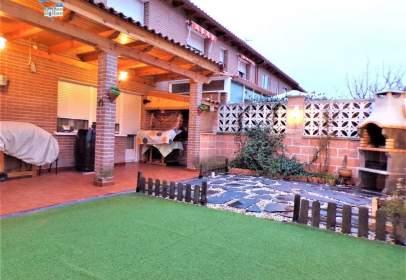 Casa aparellada a Torrejón del Rey