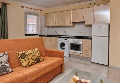 Apartment in Avenida Viera y Clavijo
