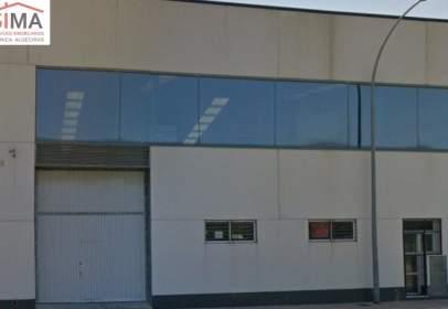 Industrial building in calle Platja, nº 4