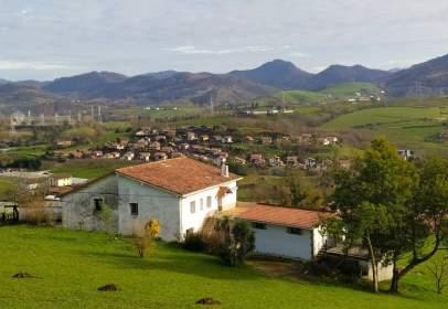 Rustic house in Urnieta