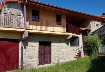 Casa en Parroquias ao norte do Miño