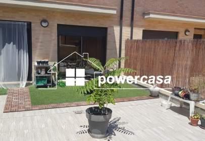 Casa adossada a calle Valle de Ordesa