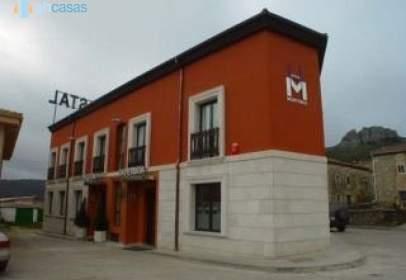 Building in calle Burgos