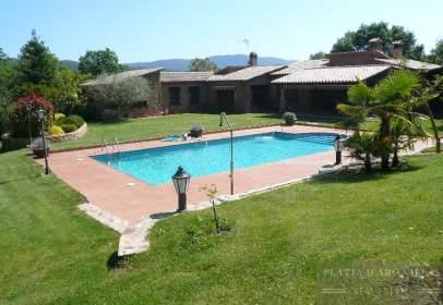Rural Property in Solius