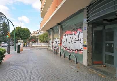 Commercial space in Avenida de Juan Sebastián Elcano, nº 63