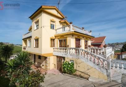 Casa en Cacicedo
