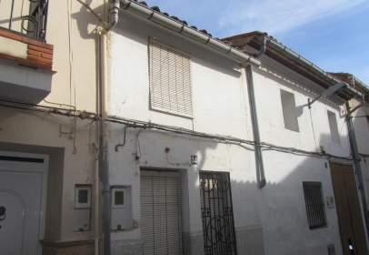 Casa adosada en Carrer de Santa Bàrbara