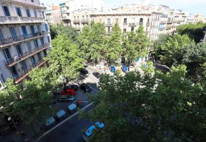 Studio in Carrer de Muntaner, near Carrer de València