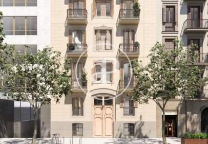 Penthouse in Carrer de Pau Claris, near Carrer d' Aragó