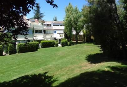 Casa adossada a Cuesta del Cerro