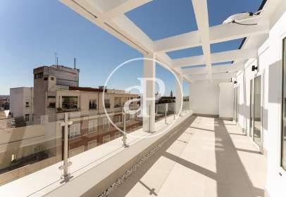 Penthouse in Avenida de Menéndez Pelayo, near Calle de Granada