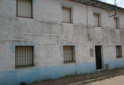 Casa adosada en Esla - Campos - Gordoncillo