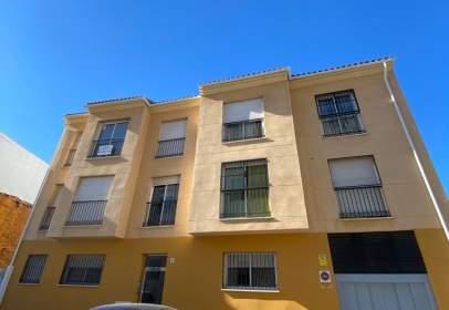 Duplex in Carrera de Capuchinos, near Calle Postigo Juan Bollero