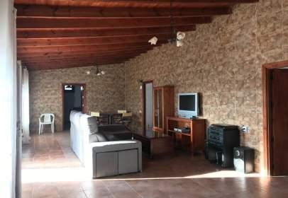 Casa rústica en Barrio de la Asomada