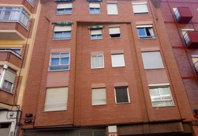 Piso en Valladolid Capital - Delicias