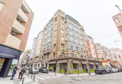 Pis a calle de Tomás Zumalacárregui, nº 6