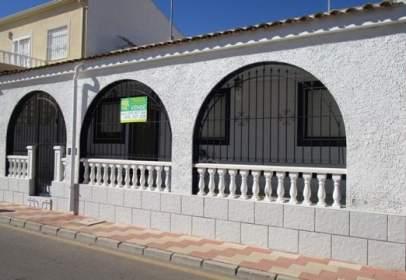 Casa en calle Géminis, nº 1238