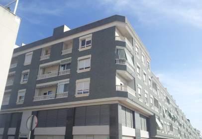 Garatge a calle del Puig Coronat, nº 6