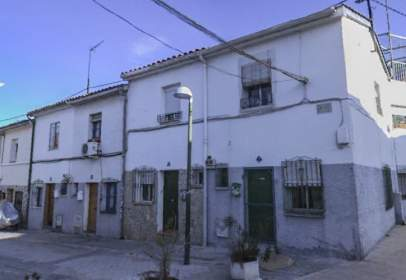 Xalet a calle del Portal, prop de Calle del Hogar de Belén