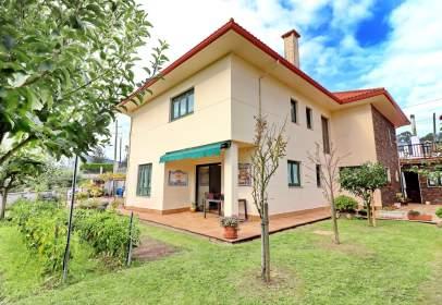 Casa en Guisamo- Centro Bergondo