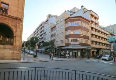 Piso en calle Covadonga, 5