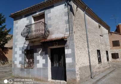 Casa en calle de Santa Ana