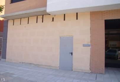 Commercial space in calle de María Zambrano, nº 28