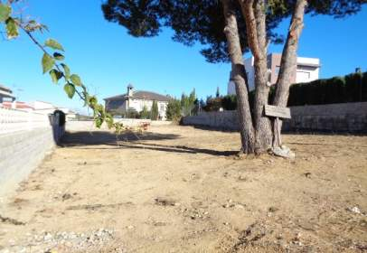 Land in calle Moscatell , nº 30