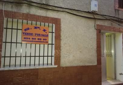 Casa rústica en calle Parra, 8