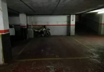 Garaje en Pisos Rojos